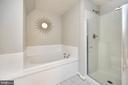 Soaking tub & new glass shower door - 20 VAN HORN LN, STAFFORD