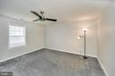 This builder created larger rooms you will love! - 20 VAN HORN LN, STAFFORD