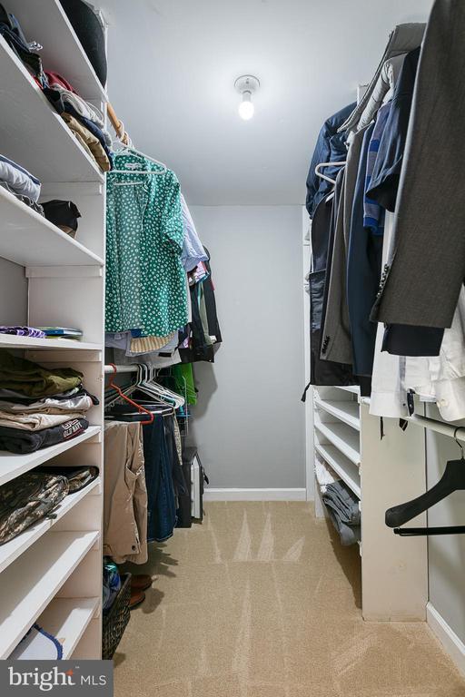 Large walk-in closet - 3608 EAGLE ROCK CT, WOODBRIDGE