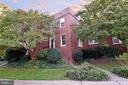 All Brick End TH facing green space - 1600 S BARTON ST #747, ARLINGTON
