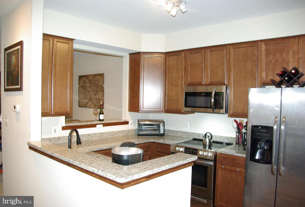 Kitchen - 12889 TITANIA WAY, WOODBRIDGE
