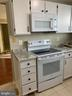 Brand New cook Top and Microwave - 1107 HUNTMASTER TER NE #102, LEESBURG