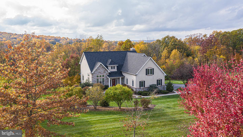 Single Family Homes για την Πώληση στο Hellertown, Πενσιλβανια 18055 Ηνωμένες Πολιτείες