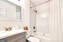Full bathroom - Upper Level - Renovated - 6304 TEAKWOOD CT, BURKE
