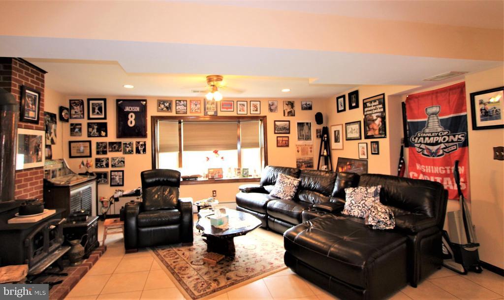 Fantastic Space of Family Room - 7707 DUBLIN DR, MANASSAS