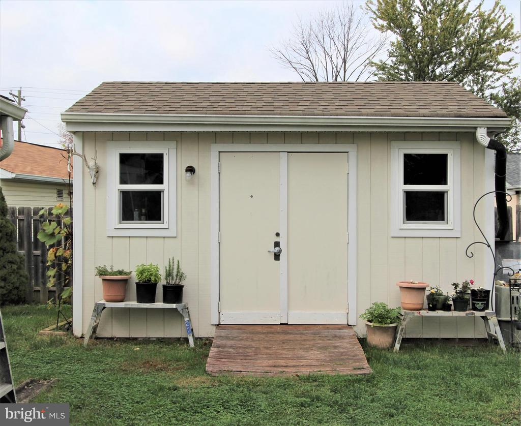 Custom  Solid Built Shed with Electric - 7707 DUBLIN DR, MANASSAS