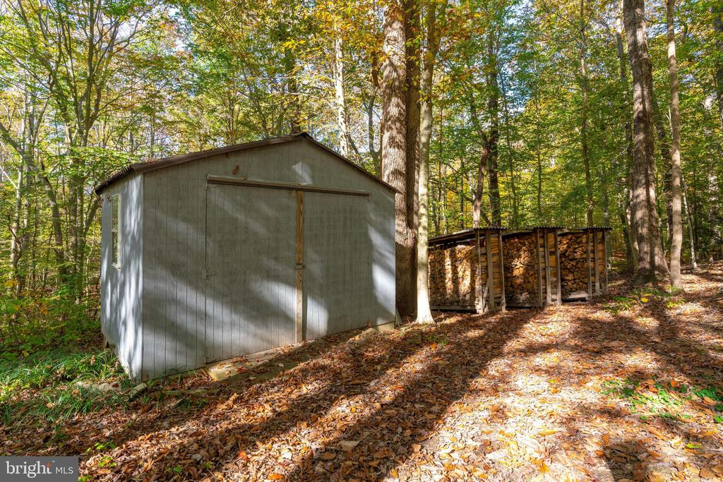 Shed - 10118 HAMPTON WOODS DR, FAIRFAX STATION
