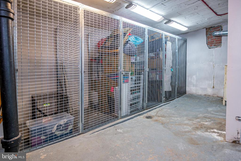 Storage locker conveys - 3025 PORTER ST NW #23, WASHINGTON