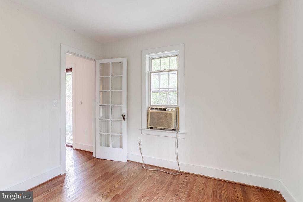 Would be great for an office or craft room - 210 N KING ST, LEESBURG