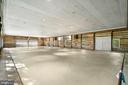 Interior of Party Barn - 40568 HIDDEN HILLS LN, PAEONIAN SPRINGS
