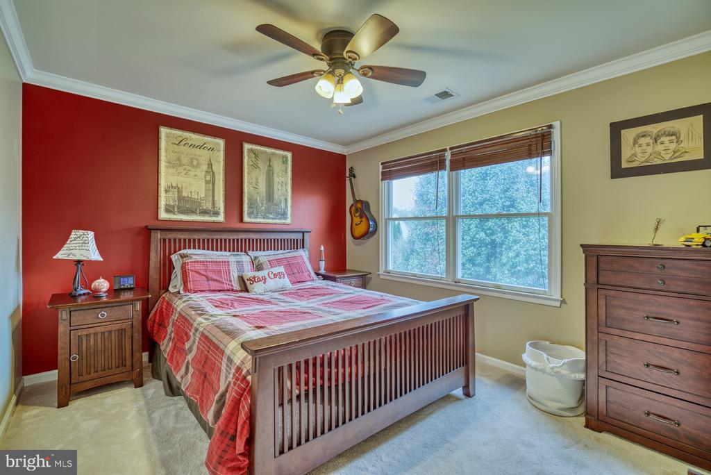 Bedroom #3 - 10868 GROVEHAMPTON CT, RESTON