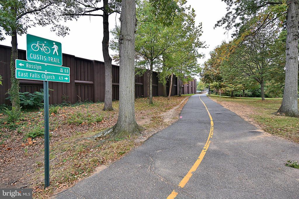 Bike path - 1301 N COURTHOUSE #1607, ARLINGTON