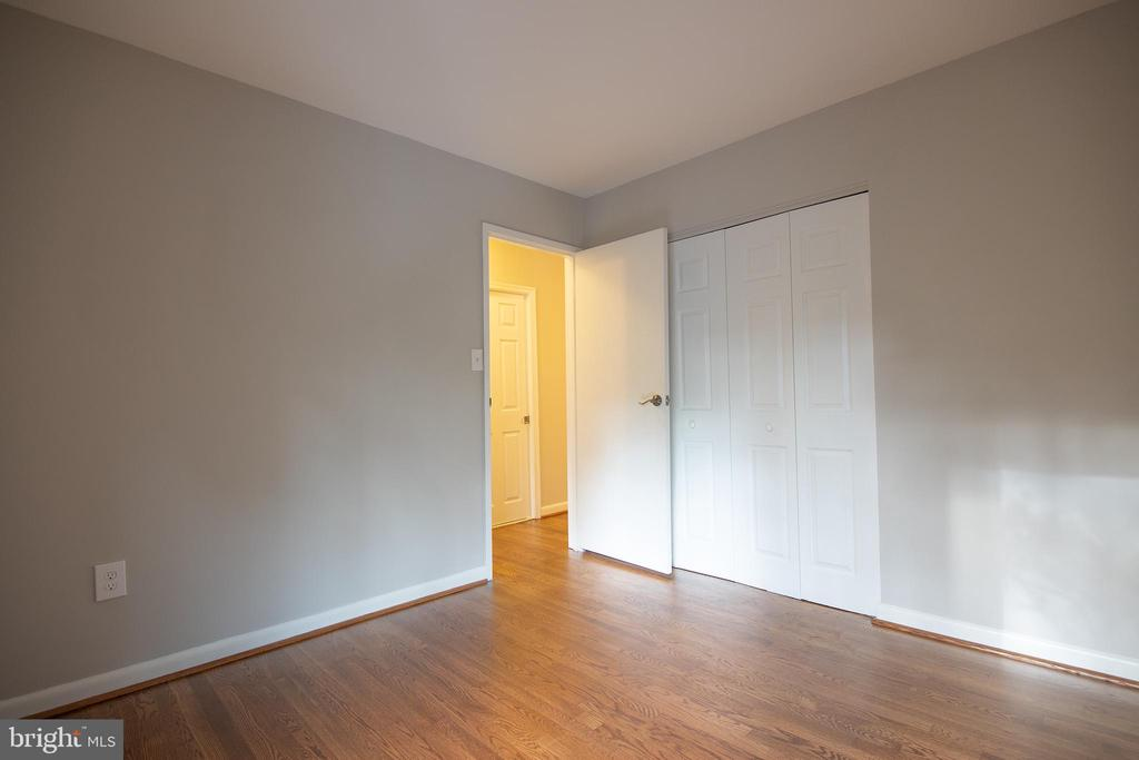 Second bedroom - 11580 WOODHOLLOW CT, RESTON