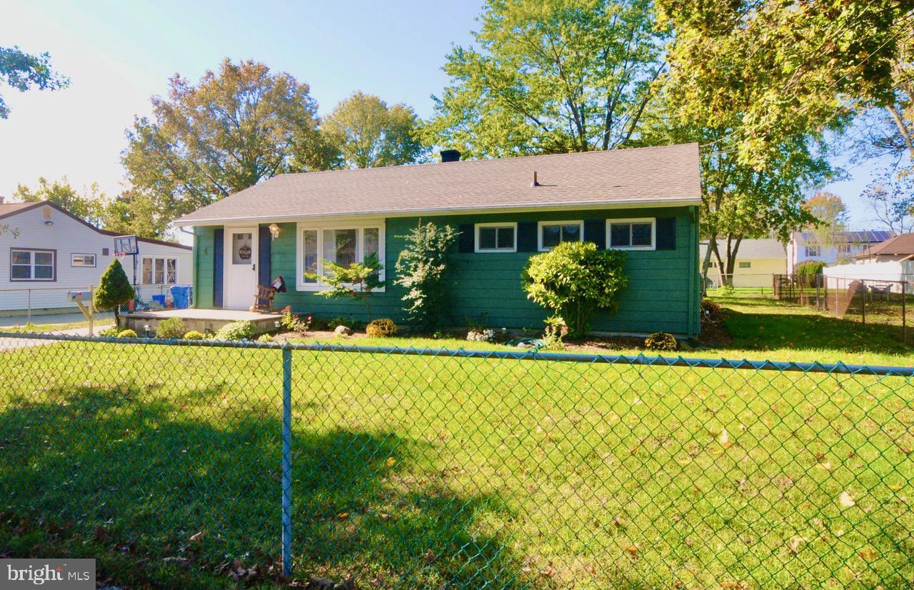 Single Family Homes のために 売買 アット Lumberton, ニュージャージー 08048 アメリカ