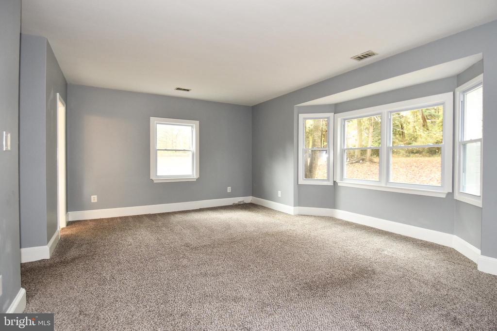 Owners Bedroom - 8700 ARLINGTON BLVD, FAIRFAX
