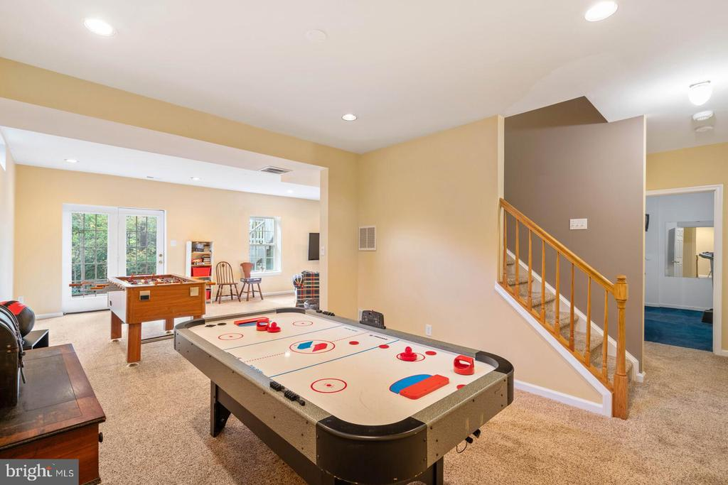 Lower Level Game Room Area - 7893 MEADOWGATE DR, MANASSAS
