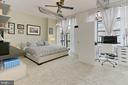 Owner's bedroom with ceiling fan - 1615 N QUEEN ST #M601, ARLINGTON