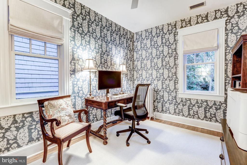 Chic Home Office - 3307 MACOMB ST NW, WASHINGTON
