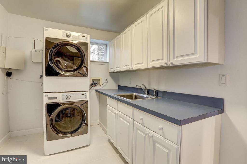 Laundry Room with Abundant Storage - 3307 MACOMB ST NW, WASHINGTON