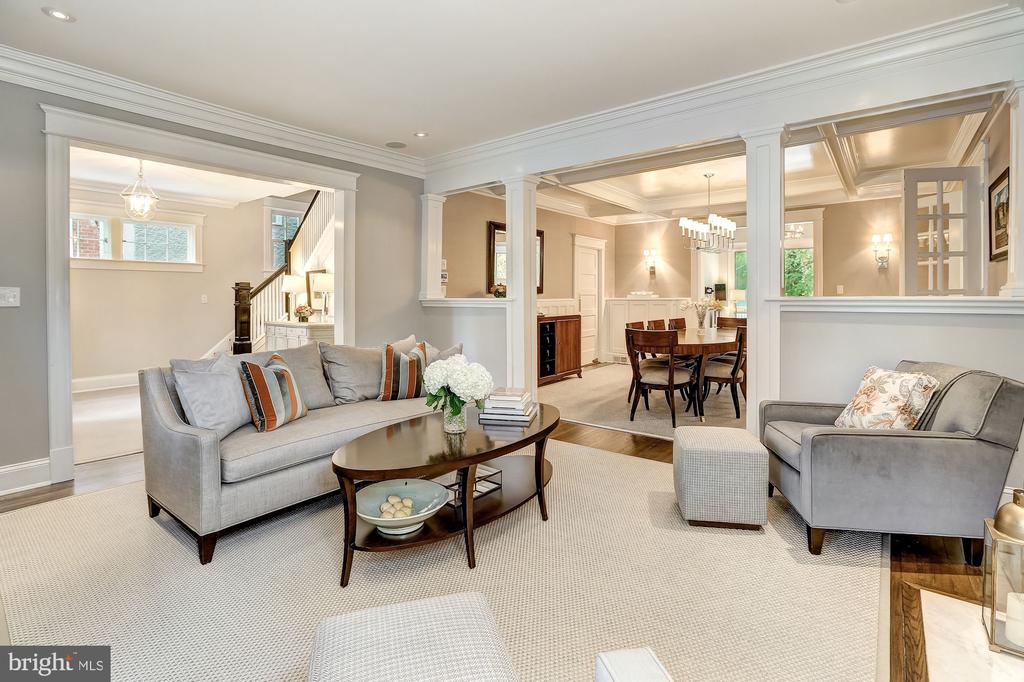 Open Concept Living & Dining - 3307 MACOMB ST NW, WASHINGTON