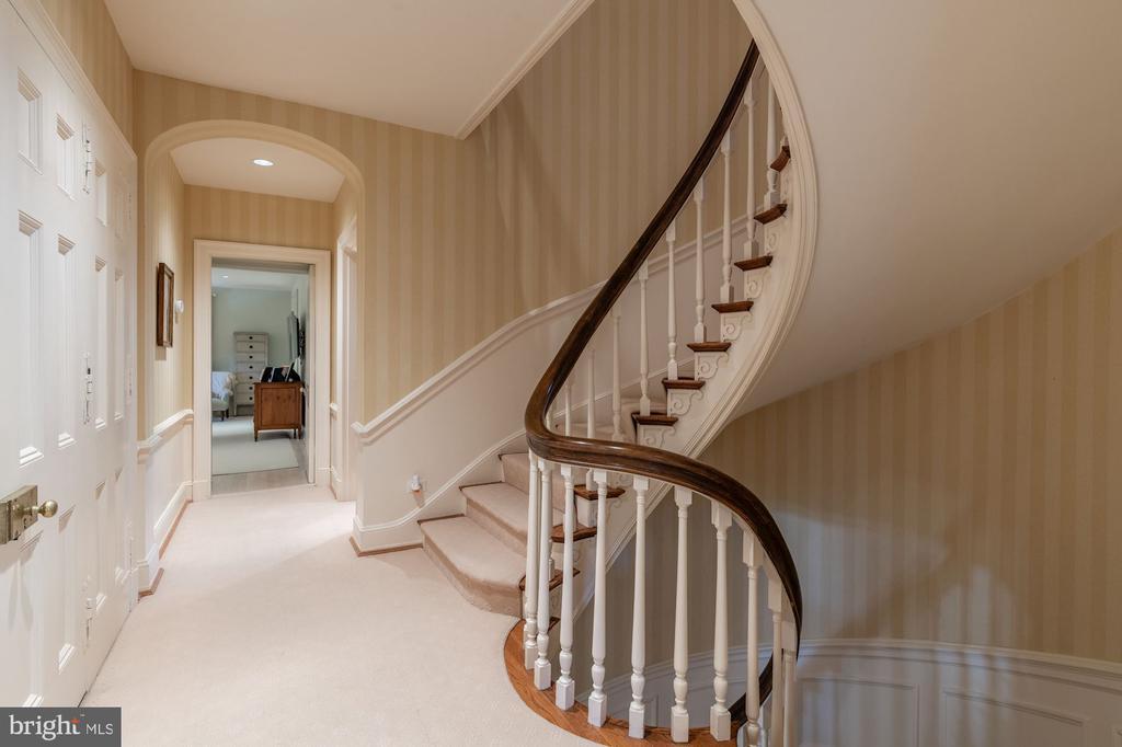 Second Floor Hallway - 2829 WOODLAND DR NW, WASHINGTON