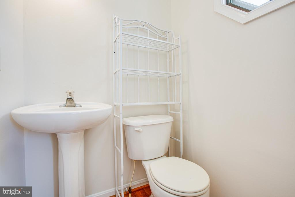 Main level half bath - 249 7TH ST, COLONIAL BEACH
