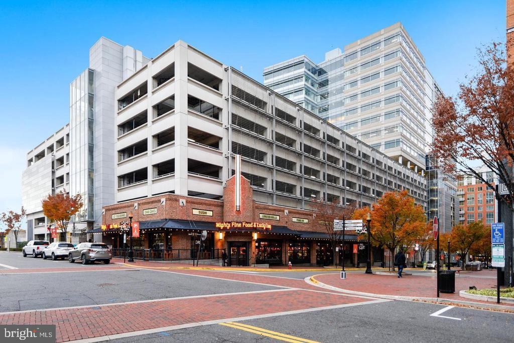 LOTS OF RESTAURANTS IN RESTON DOWNTOWN - 1830 FOUNTAIN DR #308, RESTON