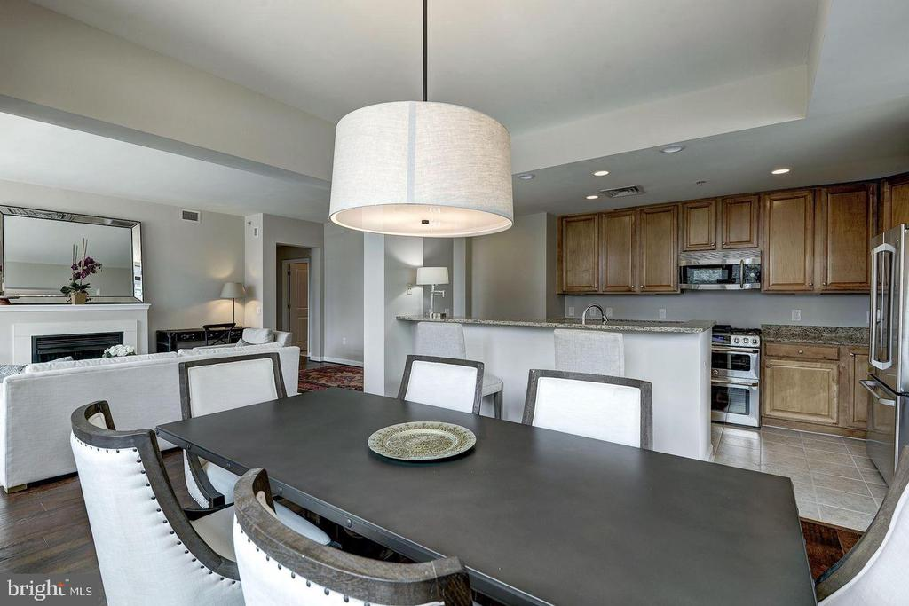 OPEN CONCEPT - 1830 FOUNTAIN DR #308, RESTON