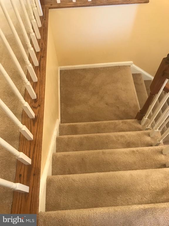 Stairs - 1118 SUGAR MAPLE LN, HERNDON