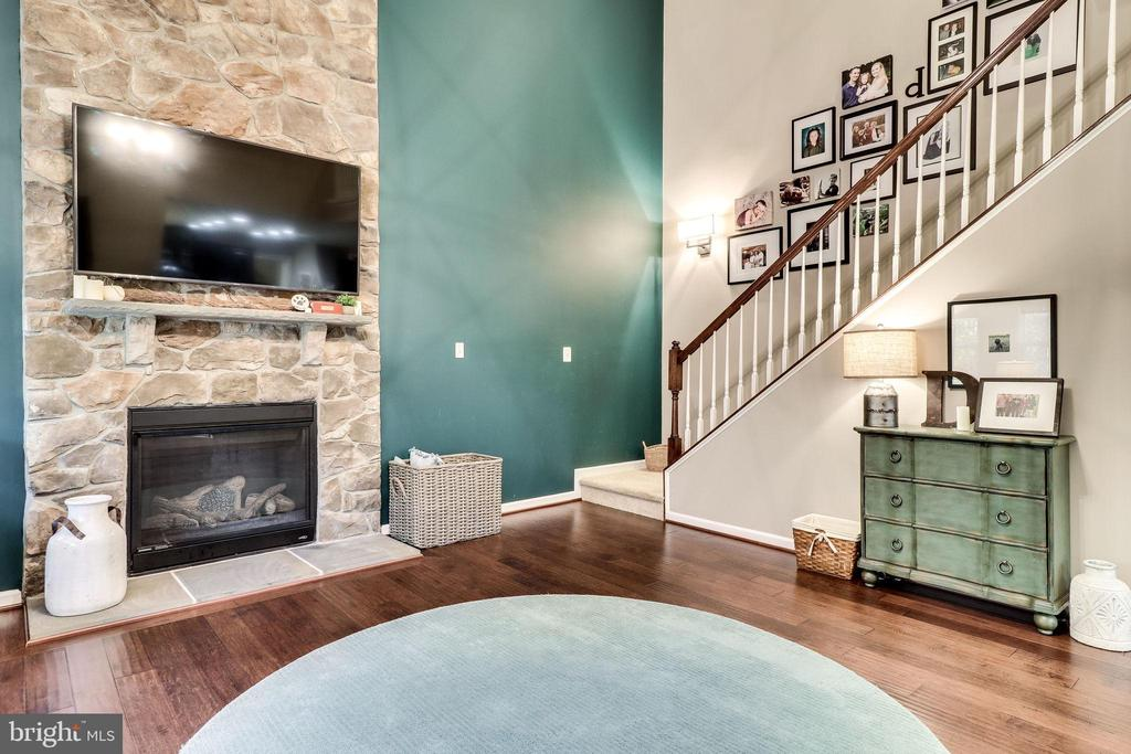 Gas Fireplace with Stone Surround - 12801 CLASSIC SPRINGS DR, MANASSAS