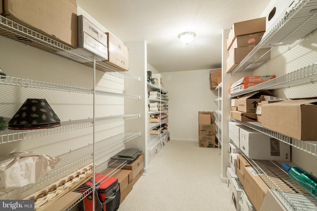 Basement Storage Room - 15304 EGGLESTETTON CT, MANASSAS