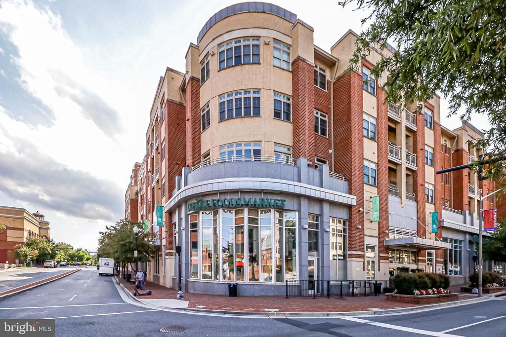 2 Whole Foods is below this building - 309 HOLLAND LN #115, ALEXANDRIA