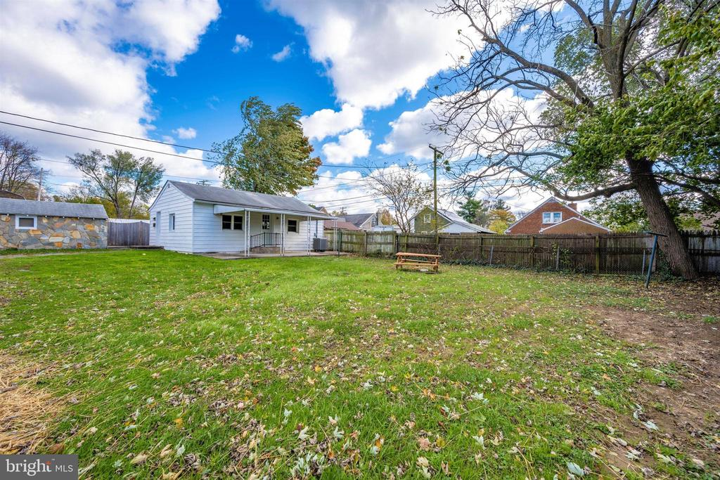 - 526 MILITARY RD, FREDERICK