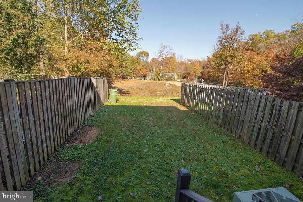 Fence going in now!  No back yard neighbors! - 102 TWIN BROOK LN, STAFFORD