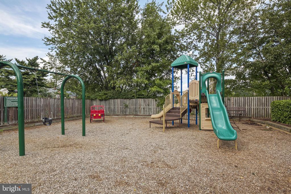 Community - 4634 31ST RD S, ARLINGTON