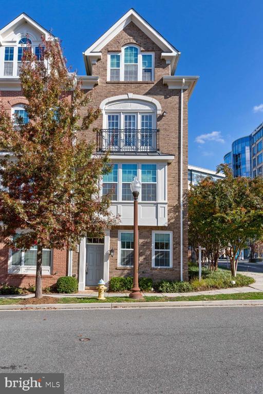 4 floors of luxury finishes - 821 N WAKEFIELD ST, ARLINGTON