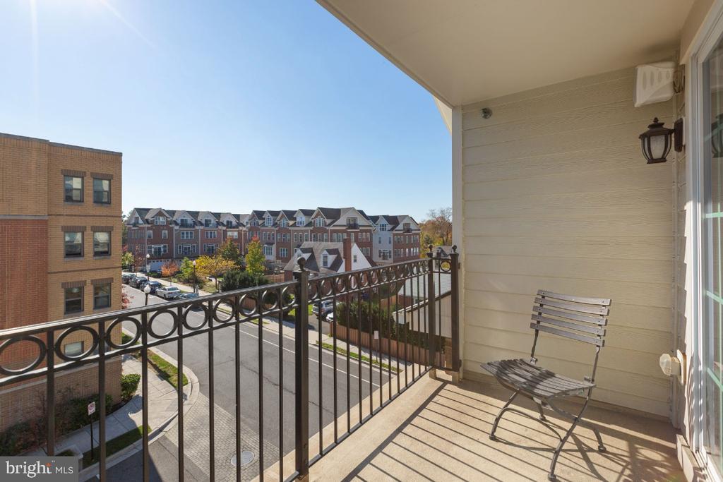 City View - 821 N WAKEFIELD ST, ARLINGTON