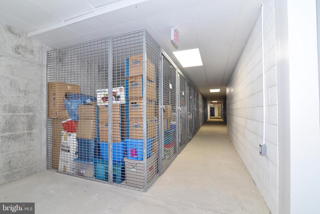 Extra Storage - 6101 FAIRVIEW FARM DR #109, ALEXANDRIA