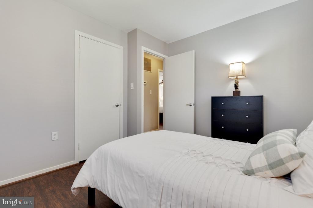 Bedroom 3 - 2828 JERMANTOWN RD #51, OAKTON
