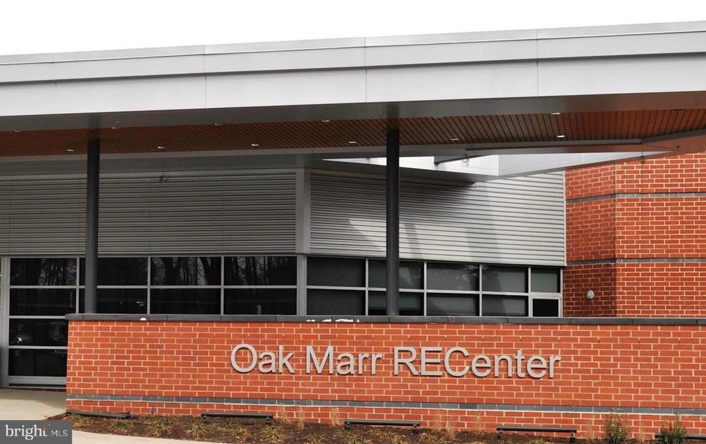 Close to Oak Marr RECenter - 2828 JERMANTOWN RD #51, OAKTON