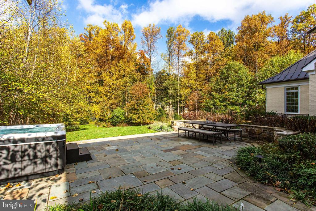 Enjoy the view from the hot tub! - 10464 SPRINGVALE MEADOW LN, GREAT FALLS