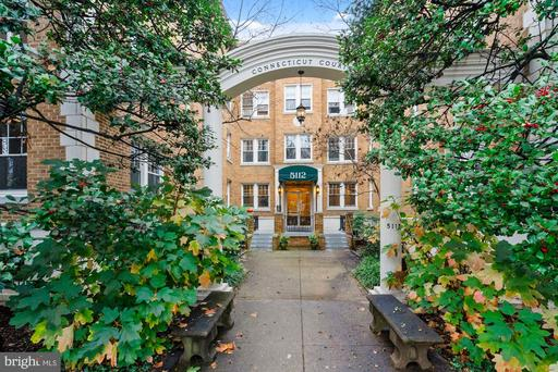5112 CONNECTICUT AVE NW #111