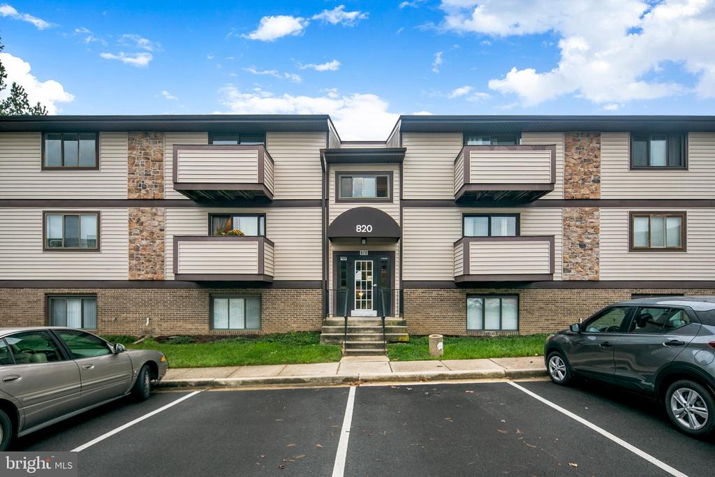 Welcome Home! - 820 HEATHER RIDGE DR #21J, FREDERICK