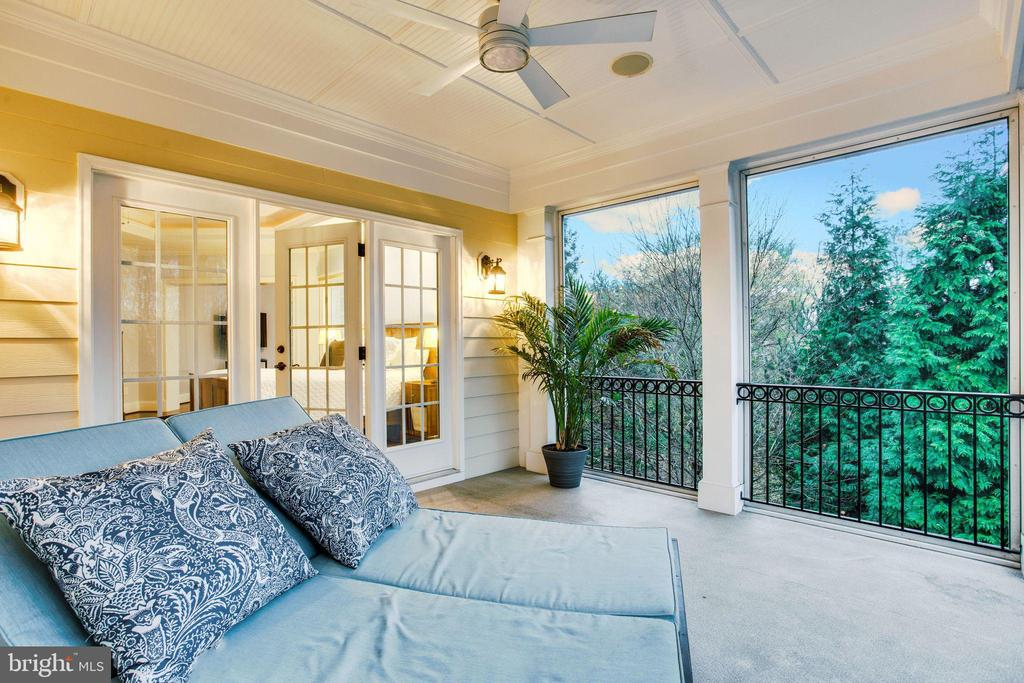 Screened balcony for quick naps - 10464 SPRINGVALE MEADOW LN, GREAT FALLS