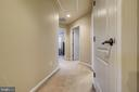 Upper level hallway - 5408 BANTRY CT, WOODBRIDGE