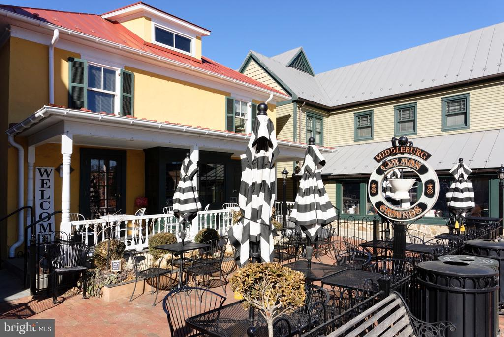 Walk to the many area restaurants... - 501 W WASHINGTON ST, MIDDLEBURG