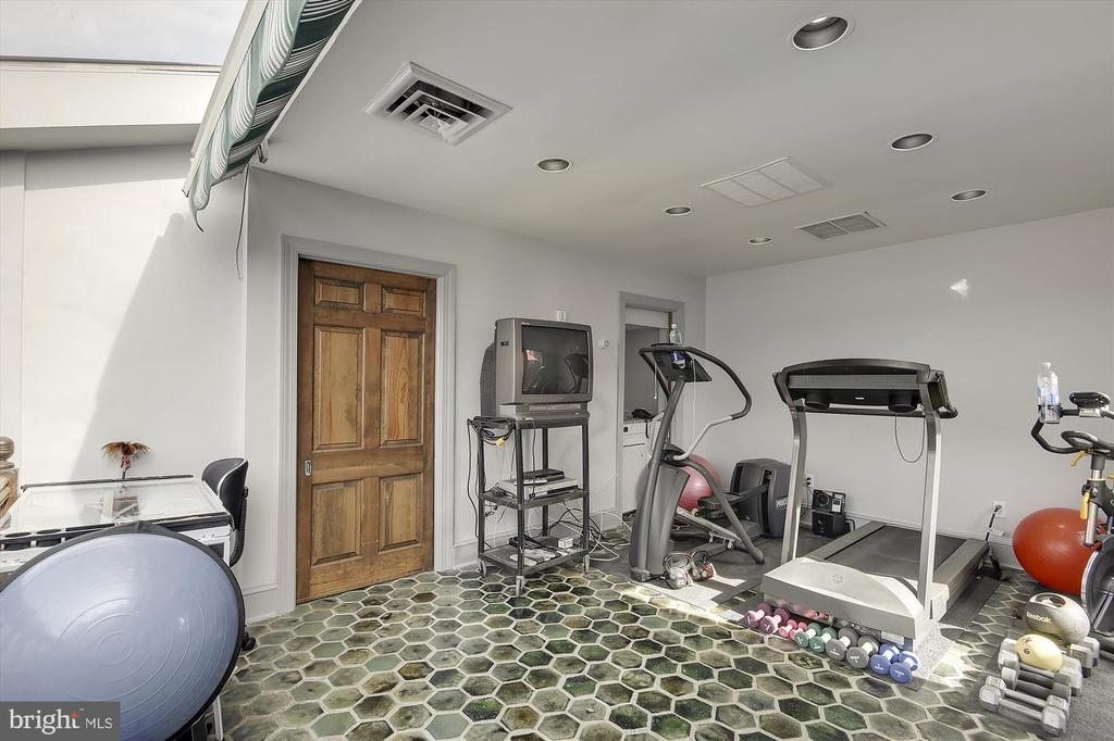 5th-floor gym/den/bedroom - 2034 O ST NW, WASHINGTON