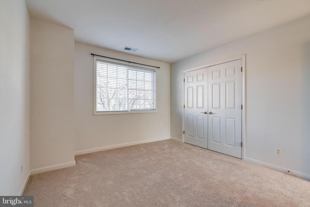 2nd bedroom, office or den space - 1403 N VAN DORN #C, ALEXANDRIA