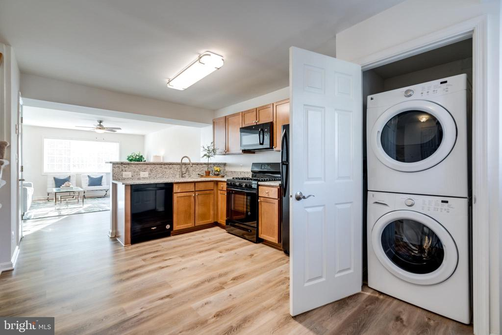 Newer stacked washer & dryer - 1403 N VAN DORN #C, ALEXANDRIA