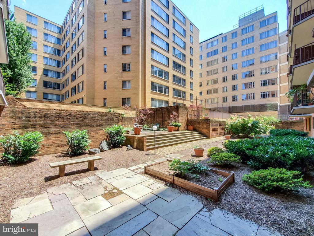 - 1718 P ST NW #307, WASHINGTON